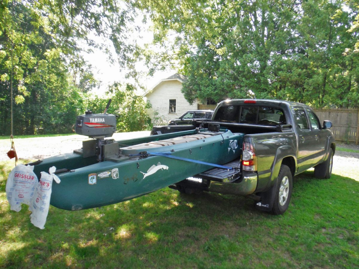 Wavewalk 700 motorized fishing kayak, CT